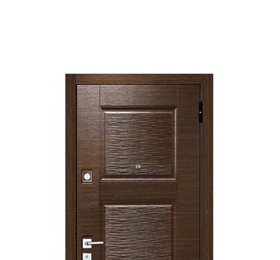 Двери с панелями МДФ